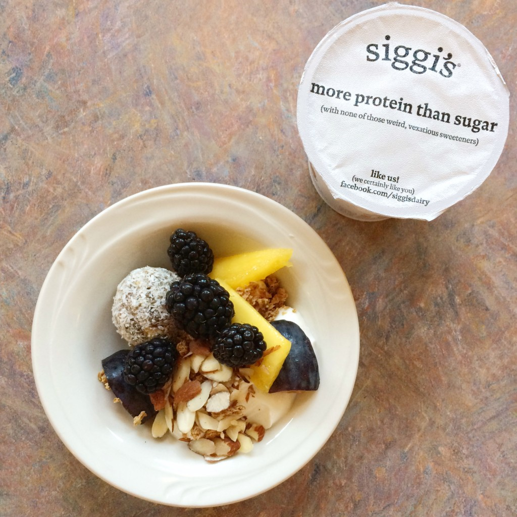 Siggi's and Fruit